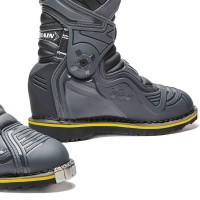 terrain-tx-enduro-foot.jpg